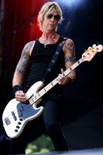 Duff McKagan Geddy Hamilton bass